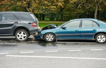 collision of two passenger cars,
